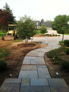 BurnettsLandscaping_WalkwayPaverInstallation